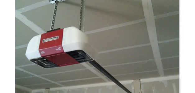 How to Choose a Garage Door Opener