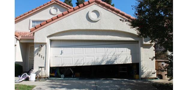 Garage door repair dallas ntx garage door repair dallas for Garage door repair in dallas tx
