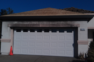 Blog one way to lend your home and garage an entirely new look is to paint your garage door this can increase the resale value of your property solutioingenieria Gallery